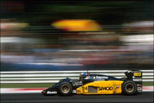 Monza, Italy. 5-7 September 1986. Alessandro Nannini, Minardi M185B Motor Moderni, retired. Ref: 86ITA46. World Copyright - LAT Photographic