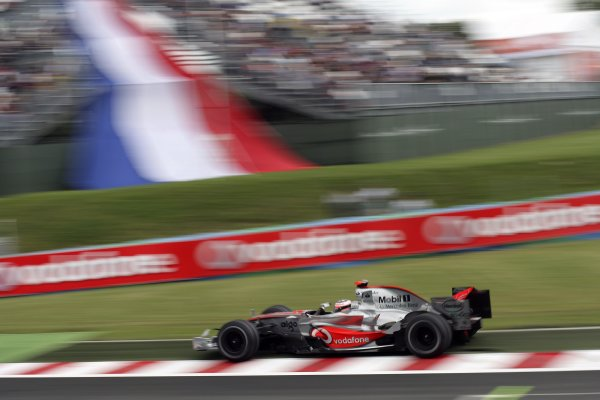 2007 French Grand Prix - Friday PracticeCircuit de Nevers Magny Cours, Nevers, France.29th June 2007.Fernando Alonso, McLaren MP4-22 Mercedes. Action. World Copyright: Steven Tee/LAT Photographicref: Digital Image YY2Z4263