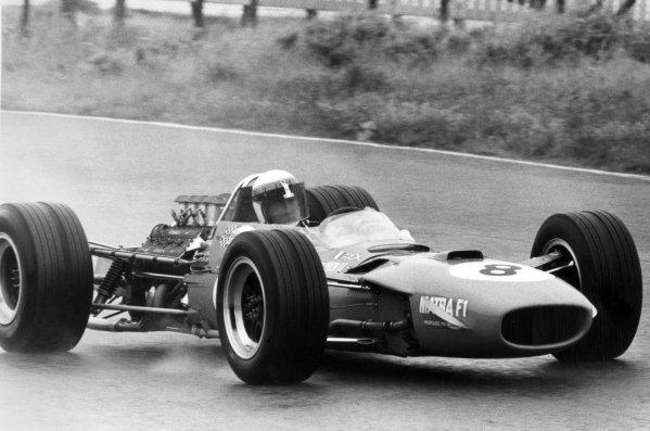1968 Dutch Grand Prix.Zandvoort, Holland. 23 June 1968.Jackie Stewart, Matra MS10-Ford, 1st position, action.World Copyright: LAT PhotographicRef: Motor b&w print