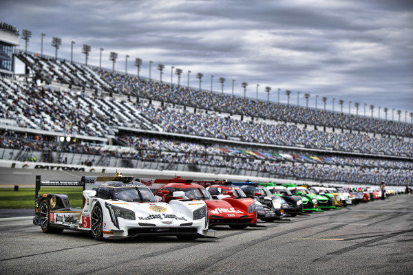 2017 Rolex 24 Hours. Daytona, Florida, USA. {dow} {day} {monthname} {year4}. 5, Cadillac DPi, P, Joao Barbosa, Christian Fittipaldi, Filipe Albuquerque at the head of the grid World Copyright: Michael L. Levitt/LAT Images