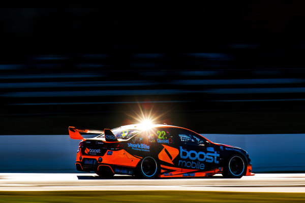 2017 Supercars Championship Round 4.  Perth SuperSprint, Barbagallo Raceway, Western Australia, Australia. Friday May 5th to Sunday May 7th 2017. James Courtney drives the #22 Mobil 1 HSV Racing Holden Commodore VF. World Copyright: Daniel Kalisz/LAT Images Ref: Digital Image 050517_VASCR4_DKIMG_1739.JPG