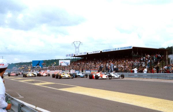 1981 French Grand Prix.Dijon-Prenois, France.3-5 July 1981.John Watson (McLaren MP4/1 Ford) leads Nelson Piquet (Brabham BT49C Ford), Alain Prost (Renault RE30) and Jacques Laffite (Talbot Ligier JS17 Matra) at the start.Ref-81 FRA 04.World Copyright - LAT Photographic