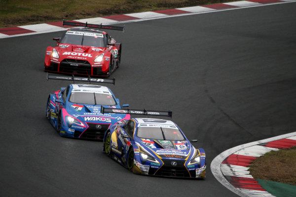 Sho Tsuboi, Lexus Team Bandoh Lexus LC500, Kenta Yamashita, Lexus Team LeMans Wako's Lexus LC500, Ronnie Quintarelli, NISMO Nissan GT-R NISMO GT500.