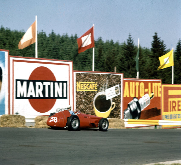 "1958 Belgian Grand Prix.Spa-Francorchamps, Belgium.13-15 June 1958.Francesco ""Chico"" Godia-Sales (Maserati 250F) at La Source.Ref-3/0055.World Copyright - LAT Photographic"