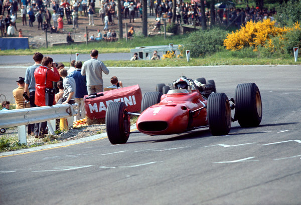 1967 Belgian Grand Prix.Spa-Francorchamps, Belgium.16-18 June 1967.Chris Amon (Ferrari 312) 3rd position.Ref-67 BEL 01.World Copyright - LAT Photographic