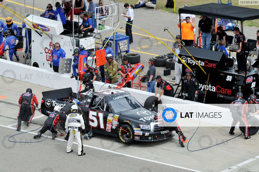 13-14 April, 2013, Rockingham, North Carolina USA Erik Jones pit stopx ©2013, Scott R LePage LAT Photo USA