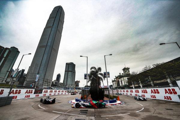 Daniel Abt (DEU), Audi Sport ABT Schaeffler, Audi e-tron FE05 leads Felipe Massa (BRA), Venturi Formula E, Venturi VFE05