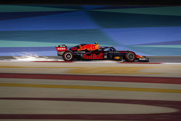 Alexander Albon, Red Bull Racing RB16, kicks up some sparks