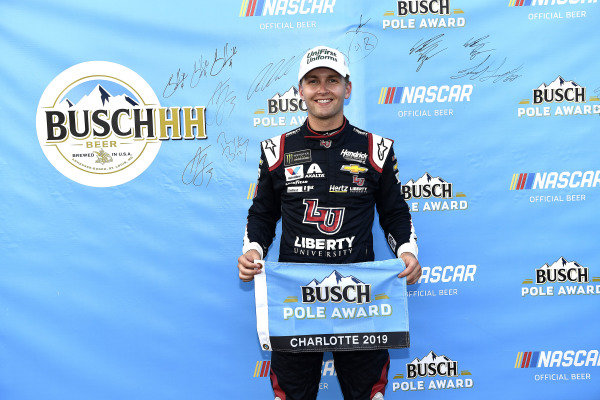 #24: William Byron, Hendrick Motorsports, Chevrolet Camaro Liberty Patriotic wins the pole