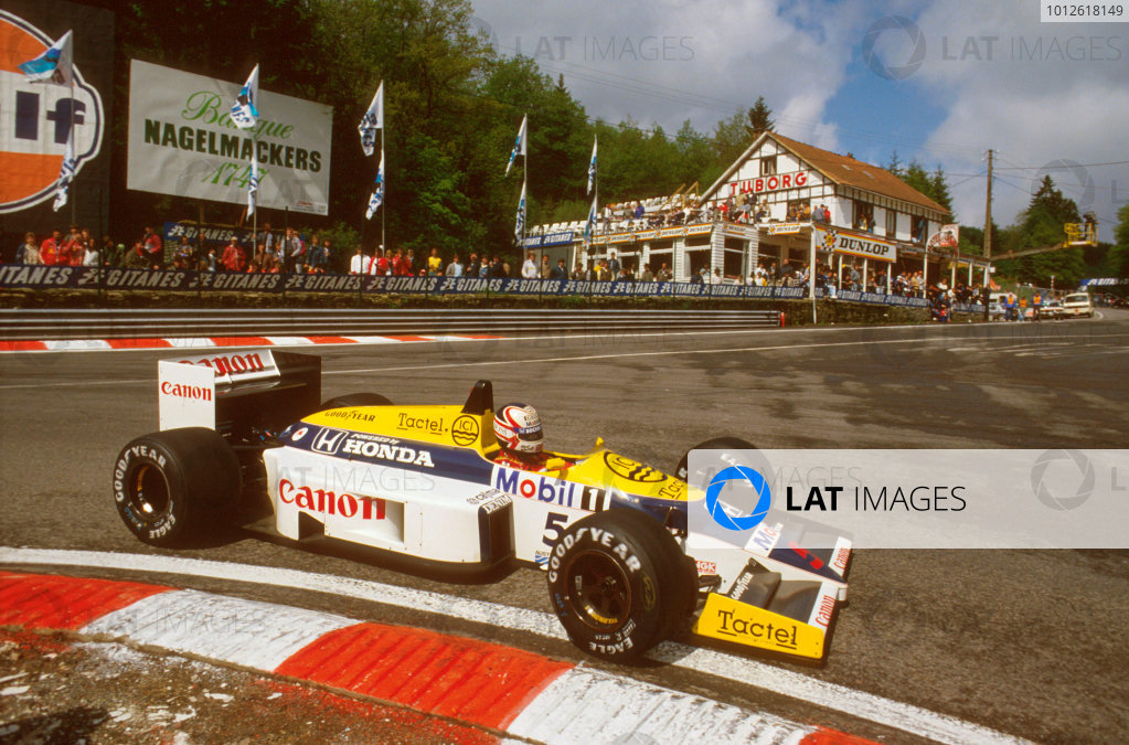 Spa-Francorchamps, Belgium.23-25 May 1986.Nigel Mansell (Williams FW11 Honda) 1st position at La Source.Ref-86 BEL 07.World Copyright - LAT Photographic