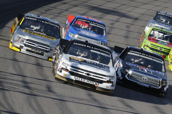 #4: Raphael Lessard, Kyle Busch Motorsports, Mobil 1 Toyota Tundra #2: Sheldon Creed, GMS Racing, Chevy Accessories Chevrolet Silverado