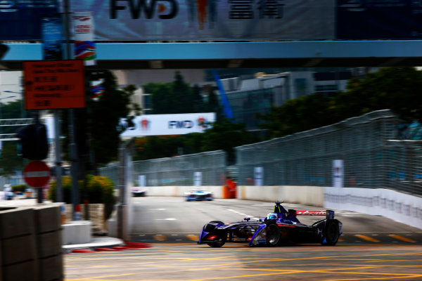 Suzuka Circuit, Japan. Sunday 09 October 2016. Sam Bird (2, DS Virgin Racing) World Copyright: Zak Mauger/LAT Photographic ref: Digital Image _X0W1940