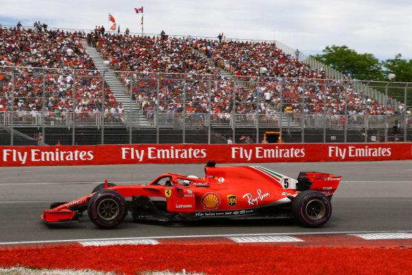 Sebastian Vettel (GER) Ferrari SF-71H .