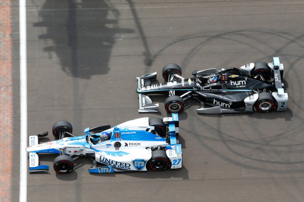 Verizon IndyCar Series Indianapolis 500 Race Indianapolis Motor Speedway, Indianapolis, IN USA Sunday 28 May 2017 Marco Andretti, Andretti Autosport with Yarrow Honda and Josef Newgarden, Team Penske Chevrolet World Copyright: Russell LaBounty LAT Images