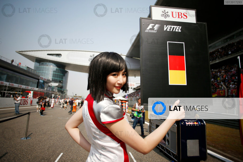 Shanghai International Circuit, Shanghai, China Sunday 14th April 2013 Grid Girl. World Copyright: Steven Tee/LAT Photographic ref: Digital Image _L0U9821