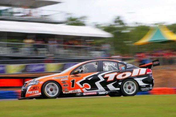 Rick Kelly, (aust) Toll HSV Commodore finished second outright for the round