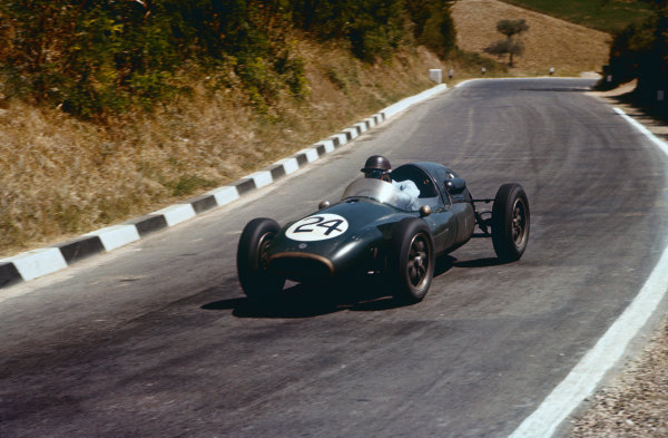Pescara, Italy. 16-18 August 1957. Jack Brabham, Cooper T43-Climax, 7th position. Ref: 57PES06. World Copyright - LAT Photographic