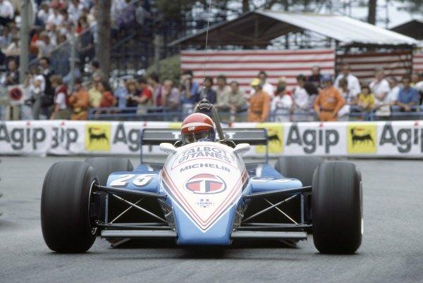 1982 United States Grand Prix West.Long Beach, California, USA. 2-4 April 1982.Eddie Cheever (Ligier JS17-Matra), retired.World Copyright: LAT PhotographicRef: 35mm transparency 82LB10