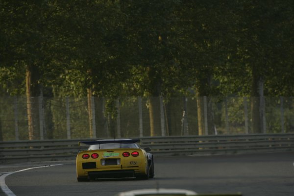 2006 Le Mans 24 Hours, Le Mans, France.14th - 18th June. L Alphand (FRA)/ P Goueslard (FRA), Luc Alphand Aventures, Corvette C5-R. Rear Action , sunrise.World Copyright: Andrew Ferarro/LAT PhotographicRef: Digital Image Only ZP9O1394