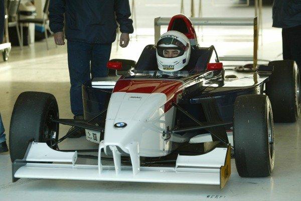 Jonathan Legris (GBR) tests a BMW Formula ADAC car5 December 2003General Testing, Silverstone, EnglandDIGITAL IMAGE