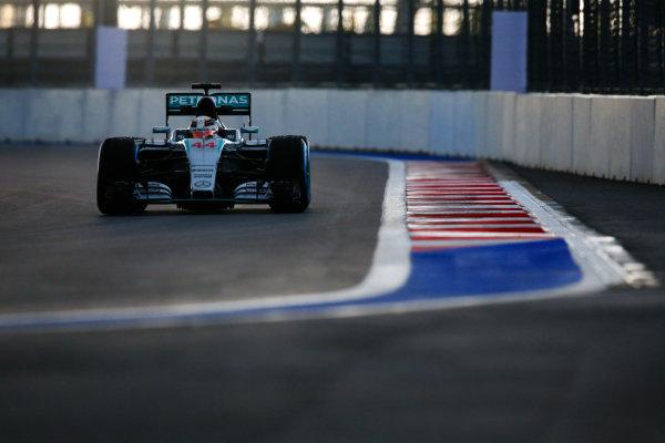 Sochi Autodrom, Sochi, Russia. Friday 09 October 2015. Lewis Hamilton, Mercedes F1 W06 Hybrid. World Copyright: Alastair Staley/LAT Photographic. ref: Digital Image _79P9343