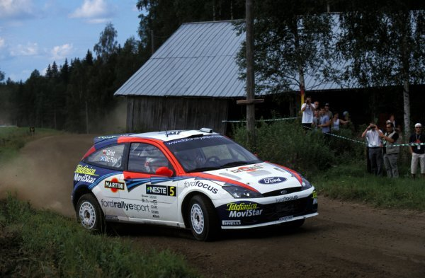 Colin McRae (GBR) / Nicky Grist (GBR) Ford Focus RS WRC 02.