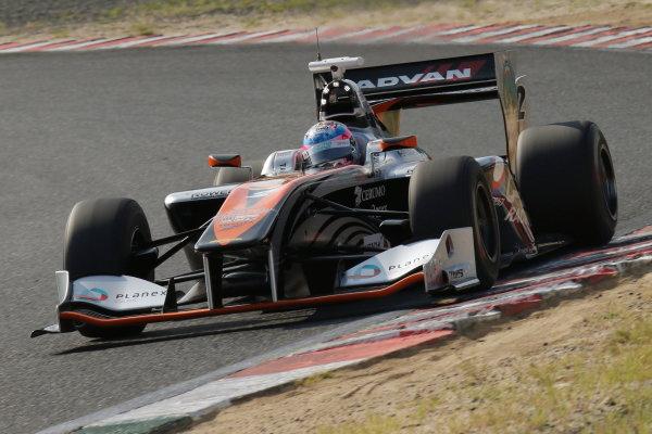2016 Japanese Super Formula. Okayama, Japan.  Sunday 11 September 2016. Rd 5. Race2 Winner Yuji Kunimoto  ( #2 P.MU/CERUMO · INGING SF14 ) action World Copyright: Yasushi Ishihara/LAT Photographic Ref : 2016SF_Rd5_R2_003