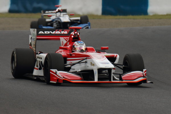 2017 Japanese Super Formula. Okayama, Japan. 27th - 28th May 2017. Rd 2. Race 1 3rd position Nick Cassidy ( #3 FUJI KONDO SF14 ) action World Copyright: Yasushi Ishihara / LAT Images. Ref: 2017SF_Rd2_Race1_010