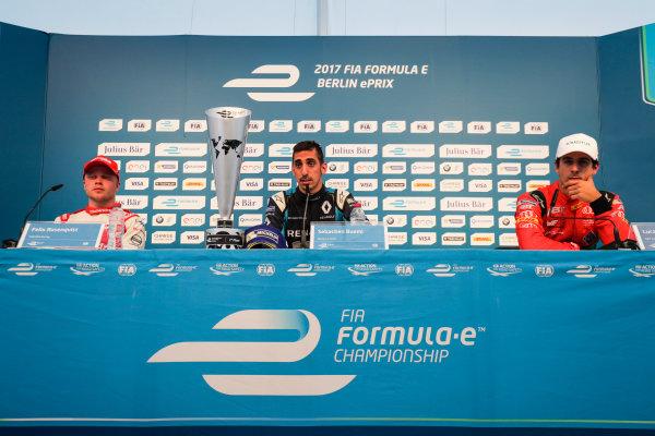 2016/2017 FIA Formula E Championship. Round 8 - Berlin ePrix, Tempelhof Airport, Berlin, Germany. Sunday 11 June 2017. Felix Rosenqvist (SWE), Mahindra Racing, Spark-Mahindra, Mahindra M3ELECTRO, Sebastien Buemi (SUI), Renault e.Dams, Spark-Renault, Renault Z.E 16, and Lucas Di Grassi (BRA), ABT Schaeffler Audi Sport, Spark-Abt Sportsline, ABT Schaeffler FE02, in the press conference. Photo: Zak Mauger/LAT/Formula E ref: Digital Image _54I9026