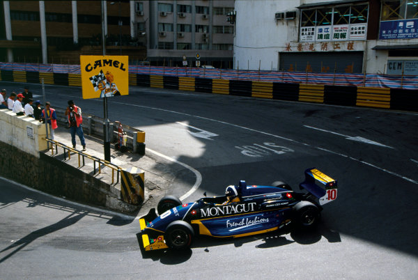 Macau, China. David Coulthard, Ralt RT35 - Mugen Honda, 1st position, action. World Copyright:  LAT Photographic