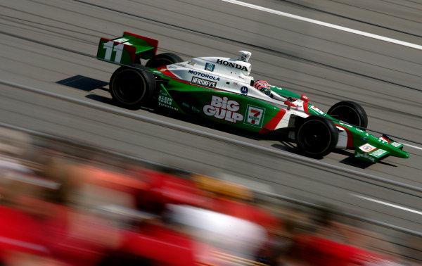14-15 August, 2004, Kentucky Speedway, USATony Kanaan-2004, Michael L. Levitt, USALAT Photographic