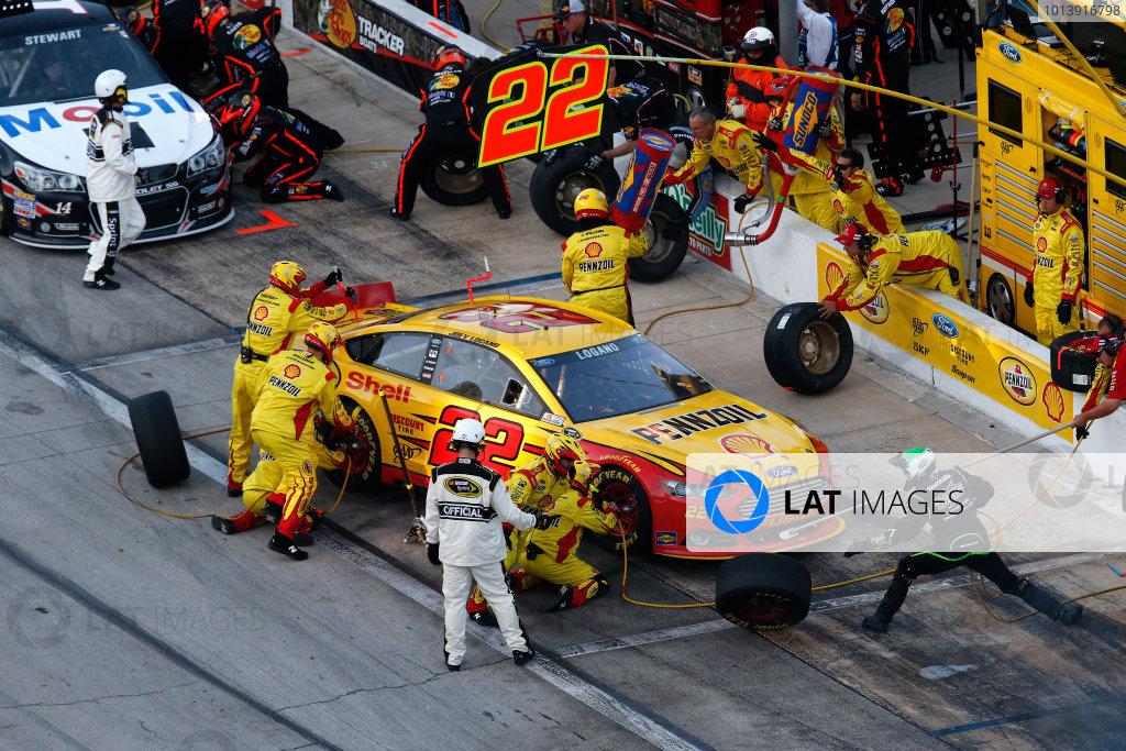 11-13 April, 2013, Fort Worth, Texas, USA Joey Logano pit stop © 2013, Michael L. Levitt LAT Photo USA