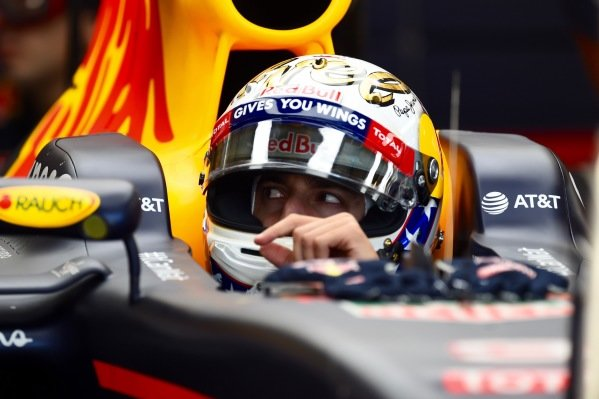 Daniel Ricciardo (AUS) Red Bull Racing RB12 at Formula One World Championship, Rd18, United States Grand Prix, Practice, Circuit of the Americas, Austin, Texas, USA, Friday 21 October 2016.