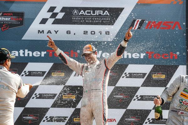 #7 Acura Team Penske Acura DPi, P: Helio Castroneves, champagne