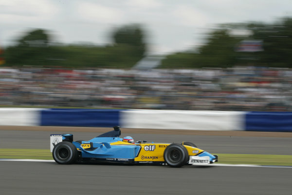 2003 British Grand Prix - Saturday Final Qualifying,Silverstone, Britain. 19th July 2003 Fernando Alonso, Renault R23, action.World Copyright: Steve Etherington/LAT Photographic ref: Digital Image Only