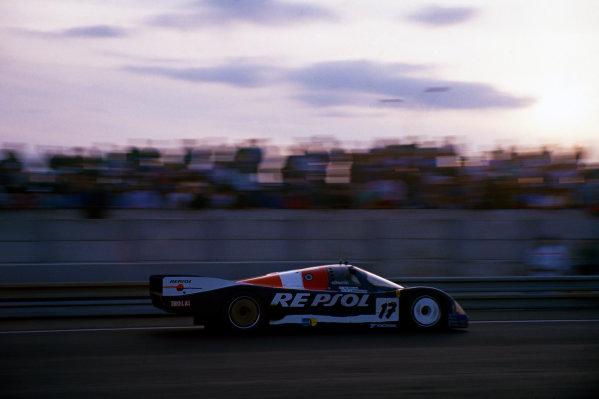 Le Mans, France. 10th - 11th June 1989.Oscar Larrauri/Walter Brun/Jesus Pareja (Porsche 962C), retired, action. World Copyright: LAT Photographic.Ref:  89LM12.