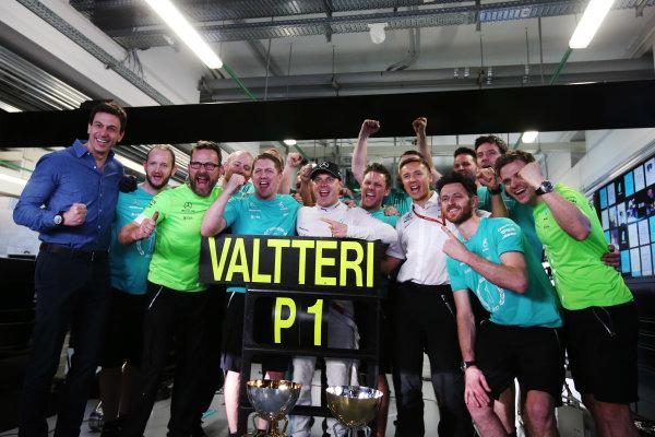 Sochi Autodrom, Sochi, Russia. Sunday 30 April 2017. Valtteri Bottas, Mercedes AMG, 1st Position, celebrates his maiden F1 victory with his team. World Copyright: /LAT Images ref: Digital Image DJ5R9708