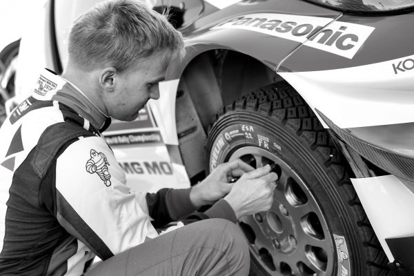 Esapekka Lappi (FIN), Skoda Motorsport checks tyre pressures at World Rally Championship, Rd6, Rally Portugal, Preparations and Shakedown, Matosinhos, Portugal, 18 May 2017.