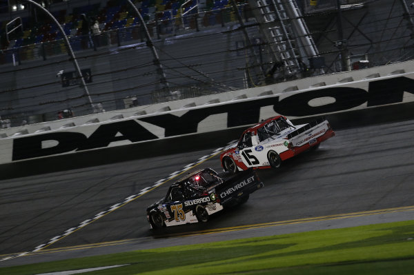 #75: Sam Mayer, Henderson Motorsports, Chevrolet Silverado, #15: Tanner Gray, Team DGR, Ford F-150 Ford Performance