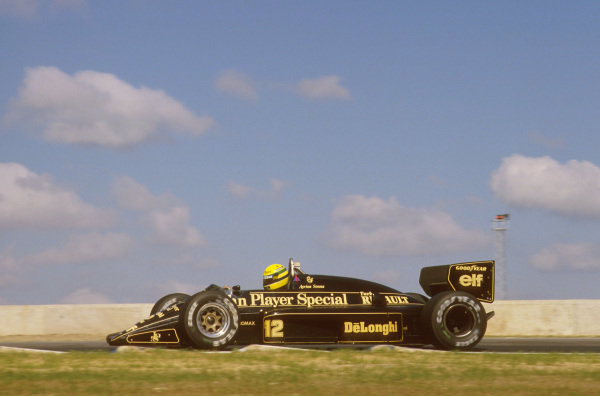Jerez, Spain.11-13 April 1986.Ayrton Senna (Lotus 98T Renault) 1st position.Ref-86 ESP 17.World Copyright - LAT Photographic