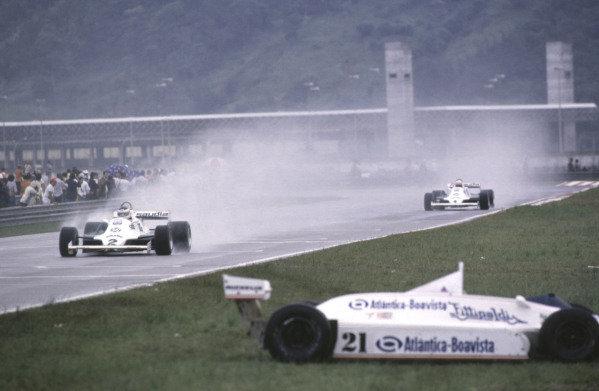 1981 Brazilian Grand Prix.Jacarepagua, Rio de Janeiro, Brazil.27-29 March 1981.Carlos Reutemann, 1st position followed by teammate Alan Jones (both Williams FW07C Ford's).Ref-81 BRA 01.World Copyright - LAT Photographic