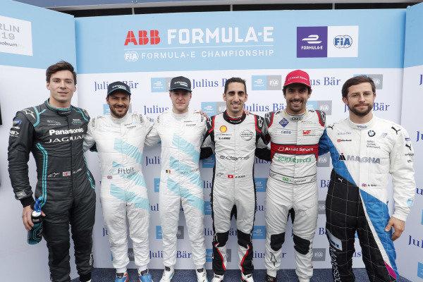 Alex Lynn (GBR), Panasonic Jaguar Racing, Jaguar I-Type 3, Gary Paffett (GBR), HWA Racelab, VFE-05, Stoffel Vandoorne (BEL), HWA Racelab, VFE-05, Sébastien Buemi (CHE), Nissan e.Dams, Nissan IMO1, Lucas Di Grassi (BRA), Audi Sport ABT Schaeffler, Audi e-tron FE05, and Alexander Sims (GBR) BMW I Andretti Motorsports, BMW iFE.18, pose for a photo after Super Pole