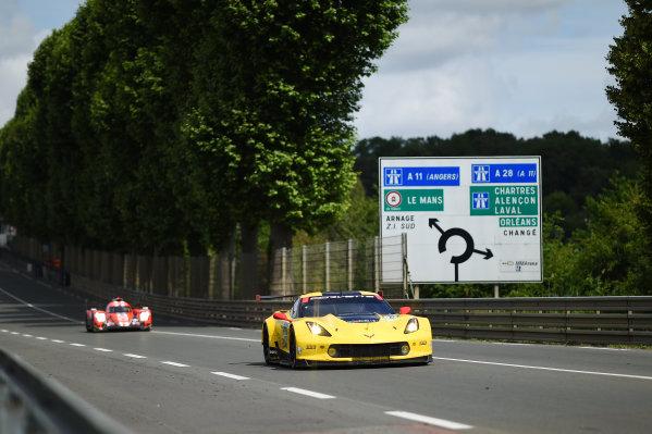 2017 Le Mans 24 Hours test day. Circuit de la Sarthe, Le Mans, France. Sunday 4 June 2017 #64 Corvette Racing Corvette C7.R: Oliver Gavin, Tommy Milner, Marcel Fassler World Copyright: Rainier Ehrhardt/LAT Images ref: Digital Image 24LM-testday-re-2737