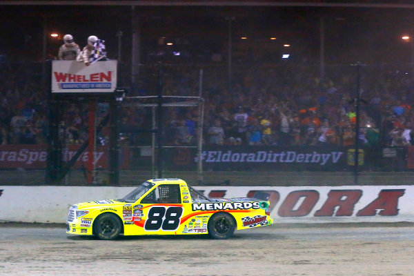 NASCAR Camping World Truck Series Eldora Dirt Derby Eldora Speedway, Rossburg, OH USA Wednesday 19 July 2017 Matt Crafton, Ideal Door / Menards Toyota Tundra drives under the checkered flag to win World Copyright: Russell LaBounty LAT Images
