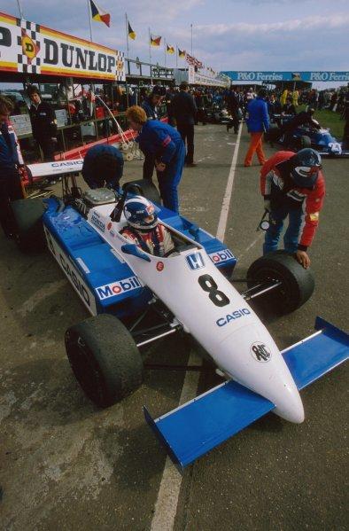 Jonathan Palmer (GBR) Ralt RH6/83H Mugen Honda finished in 3rd place. European Formula 2 Championship, Thruxton, England, 4 April 1983.