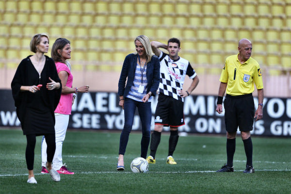Paula Radcliffe (GBR), Marathon runner, centre, at the Nazionale Piloti Football Match. Formula One World Championship, Rd6, Monaco Grand Prix, Preparations, Monte-Carlo, Monaco, Tuesday 20 May 2014.
