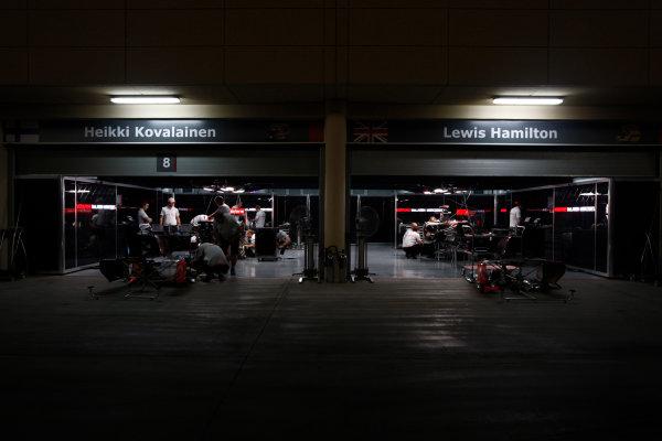 Bahrain International Circuit, Sakhir, Bahrain24th April 2009The McLaren garage by night. Garages. Atmosphere. World Copyright: Andrew Ferraro/LAT Photographicref: Digital Image _H0Y8772
