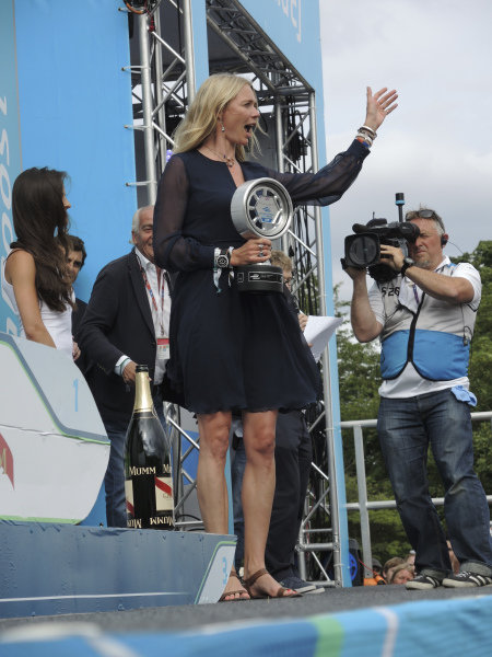 Jodie Kidd (GBR) supermodel with the trophy on the podium at Formula E Championship, Rd11, London, England, 28 June 2015.