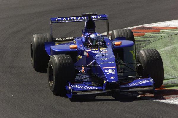 Monza, Italy. 8-10 September 2000.Jean Alesi (Prost AP03 Peugeot).World Copyright - LAT Photographic