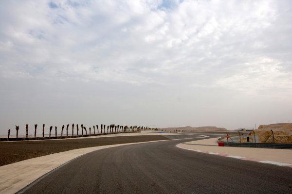 Bahrain International Circuit, Sakhir, Bahrain.24th February 2010.The new F1 Grand Prix track layout.World Copyright: Alastair Staley/LAT Photographic ref: Digital Image _P9O0059